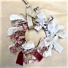 Zoe Crockford Paper Trees and Rag Wreaths workshop image 2